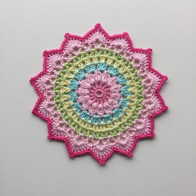 My little Cherry Blossom Mandala. | Crochet Millan | Knitting ...
