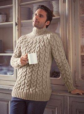 Beige winter herentrui. Kabel hand gebreide trui