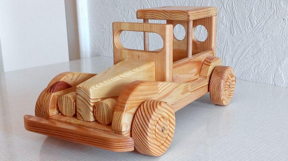 Spielzeugauto Fur Den Enkel Bauanleitung Zum Selberbauen 1 2 Do Com Deine Heimwerker Community Spielzeug Spielzeugautos Kinder Spielzeug