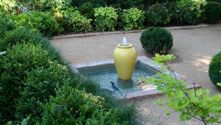 Outdoor Water Fountain Design Ideas | Pond ideas | Pinterest ...