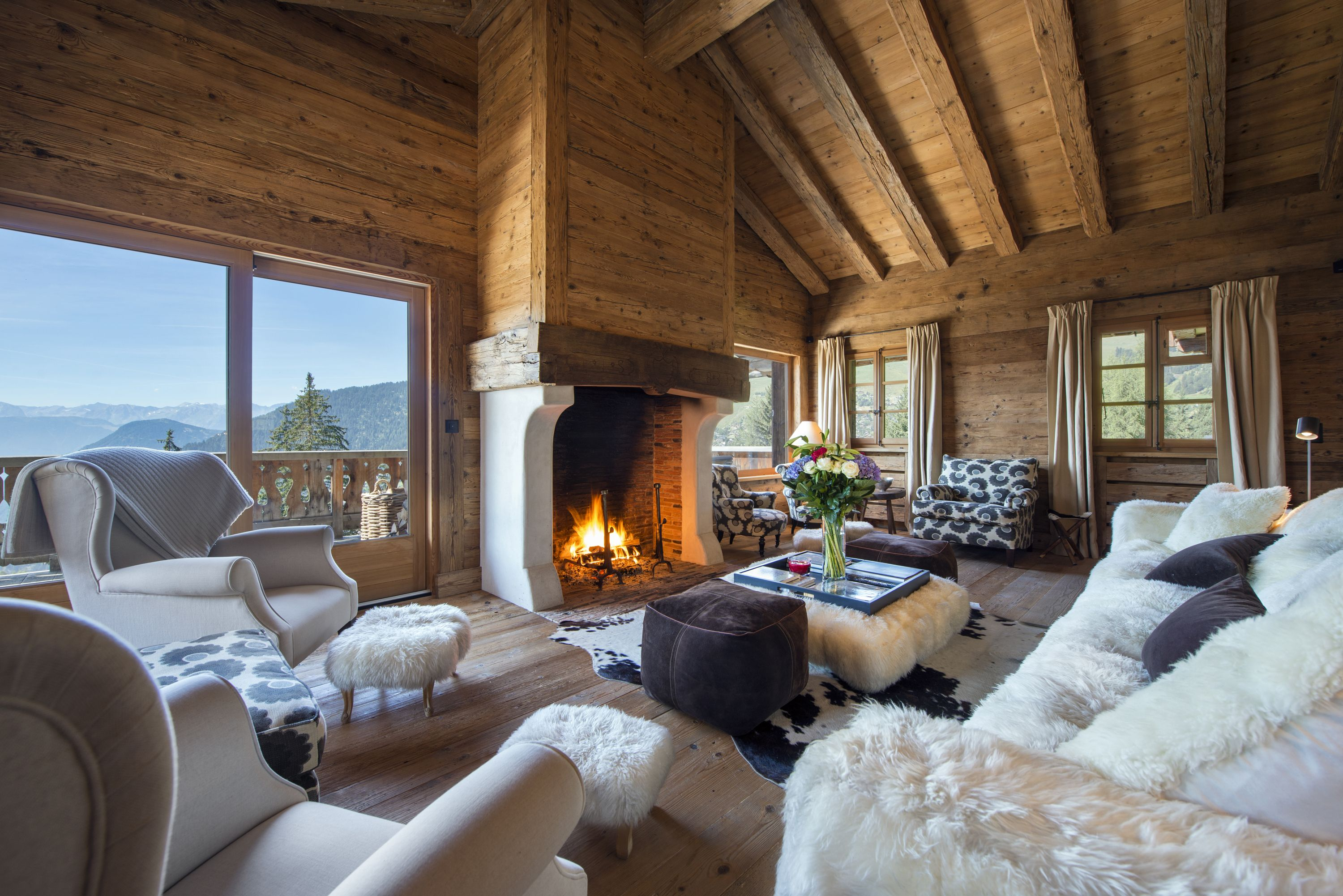Cozy Chalet Chic: Winter may be coming but it\u0027s not all bad. Think ...