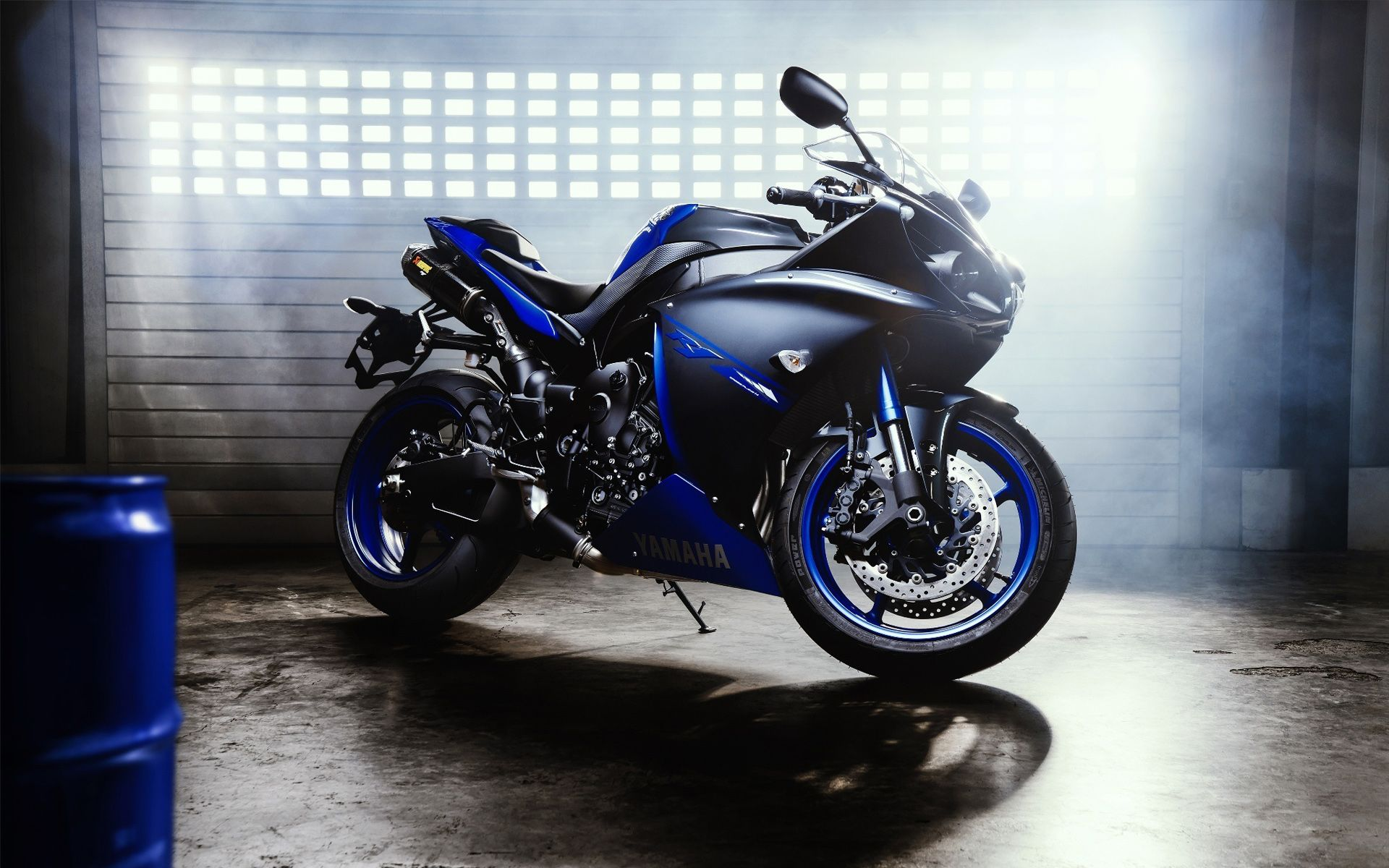 Download Best Hd Yamaha Yzf R1 2016 Wallpapers For Your Desktop