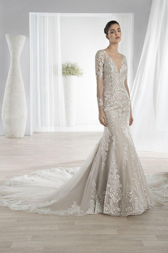c5c3e3ff31c6 Νυφικά Φορέματα Demetrios Collection - Style 622