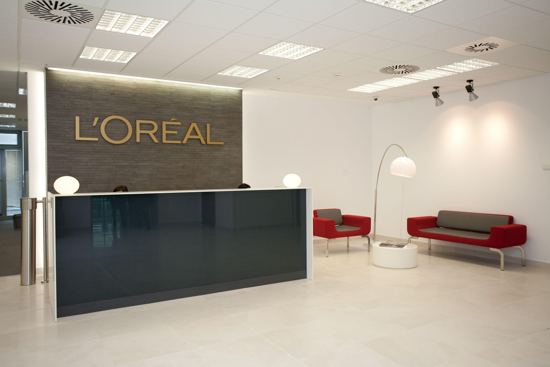 L'Oreal Romania Entrance area #office #interior #design # ...