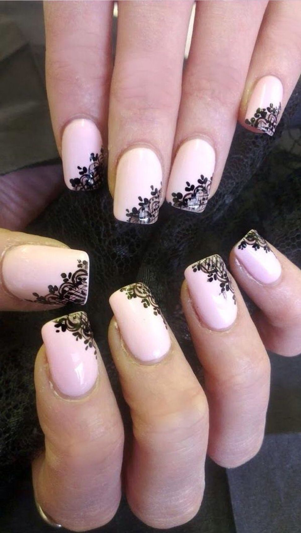 Рисунок кружева на ногтях фото