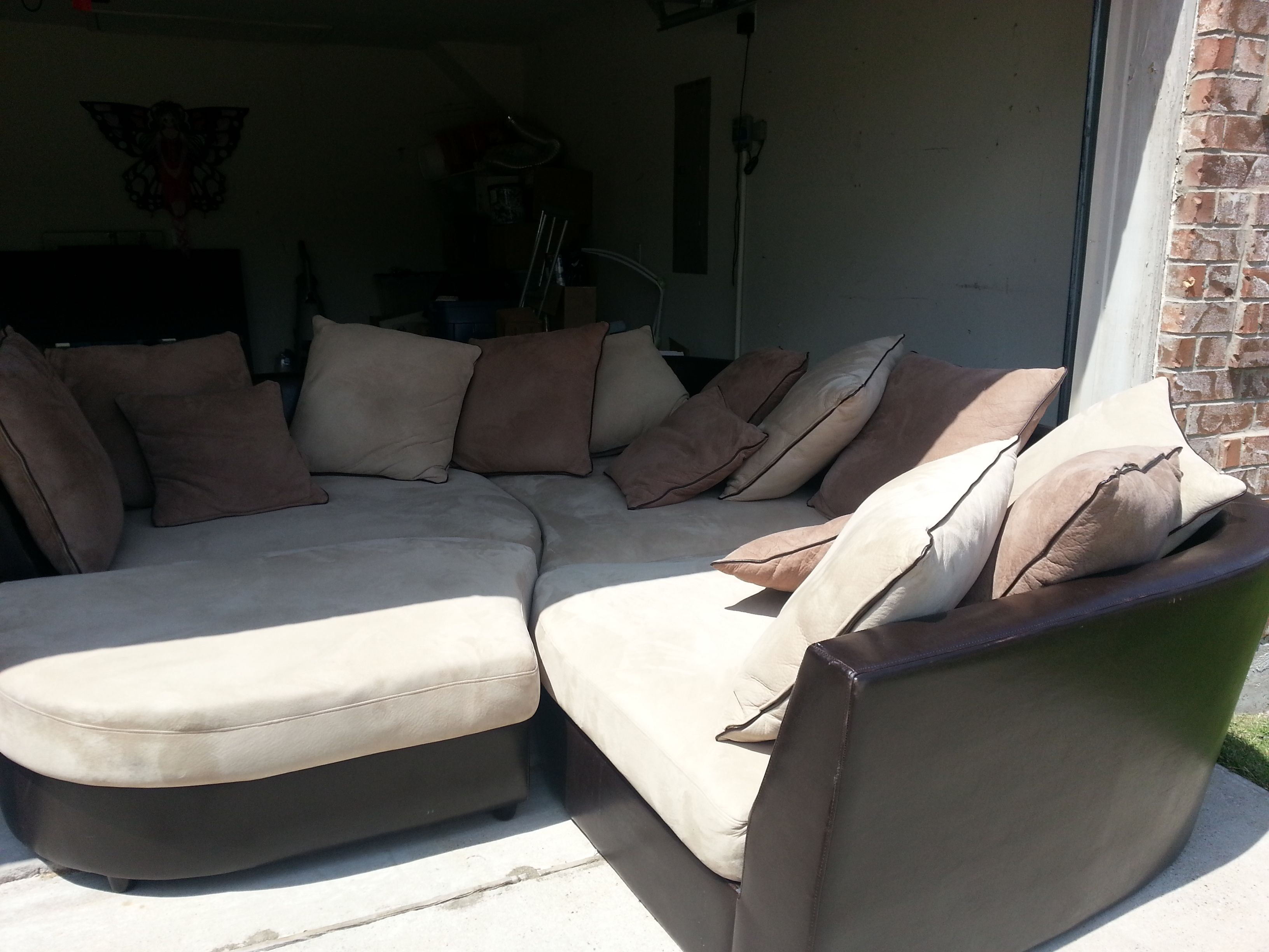 Four Piece Couch In Nikkisstuff S Garage Sale Mckinney Tx Couch Sectional Couch Furniture Sale