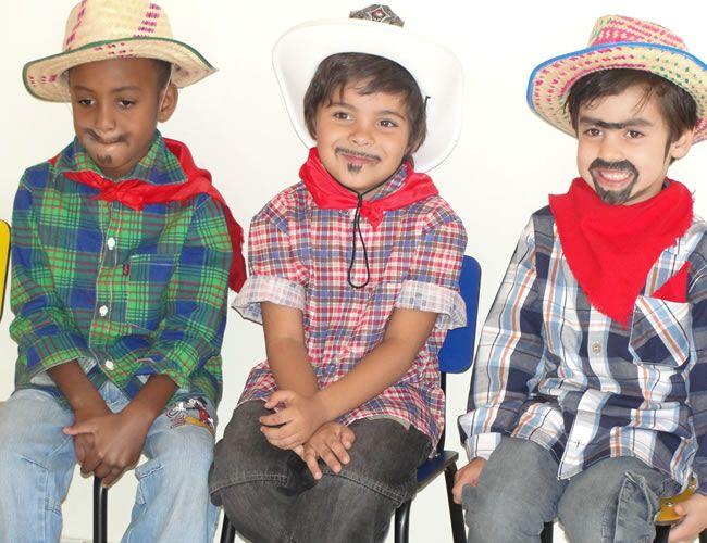 Roupa infantil para festa junina para menino ou menina  af267a88c43