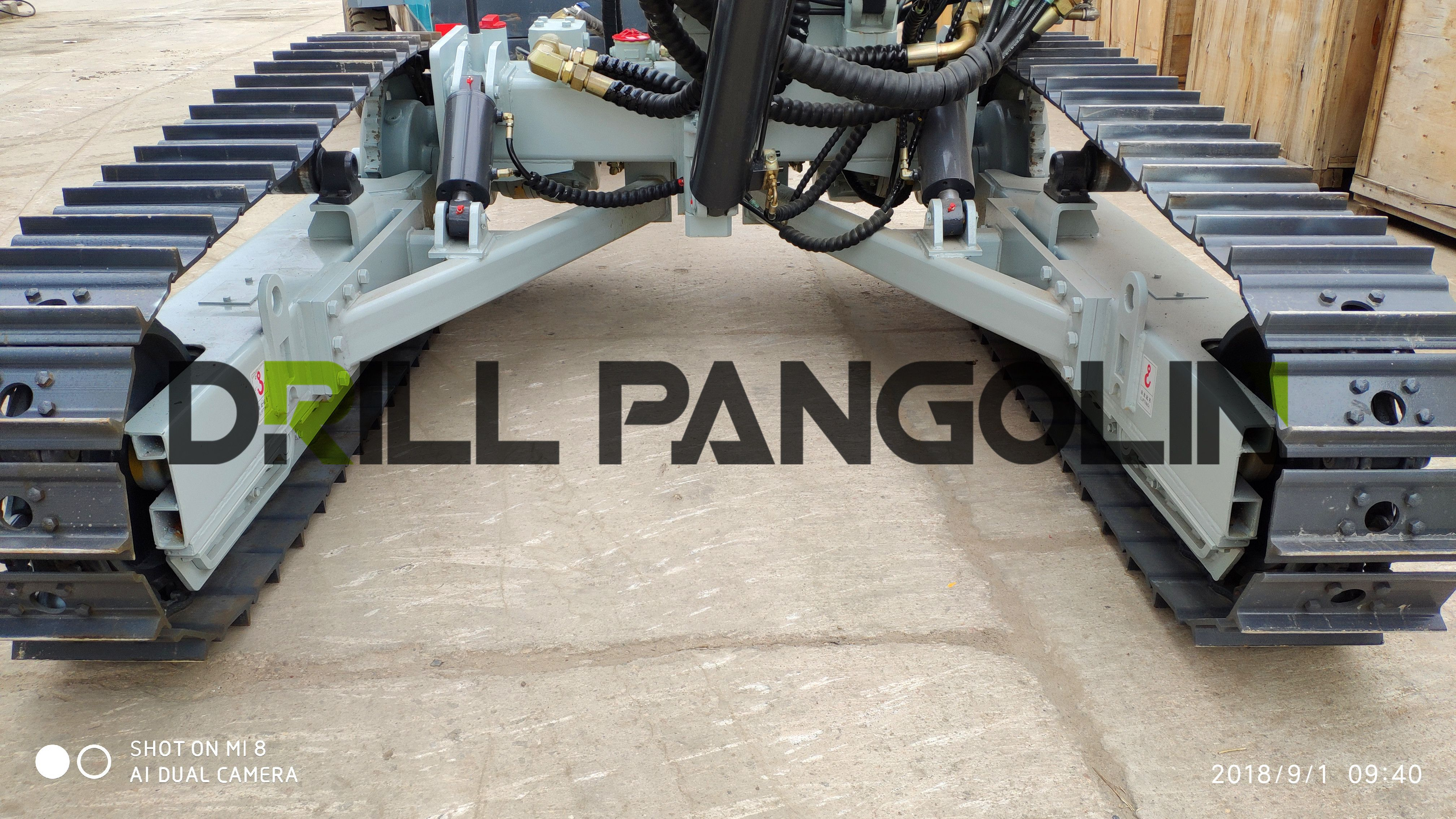 Powerful chassis with free maintenance,strong traveling