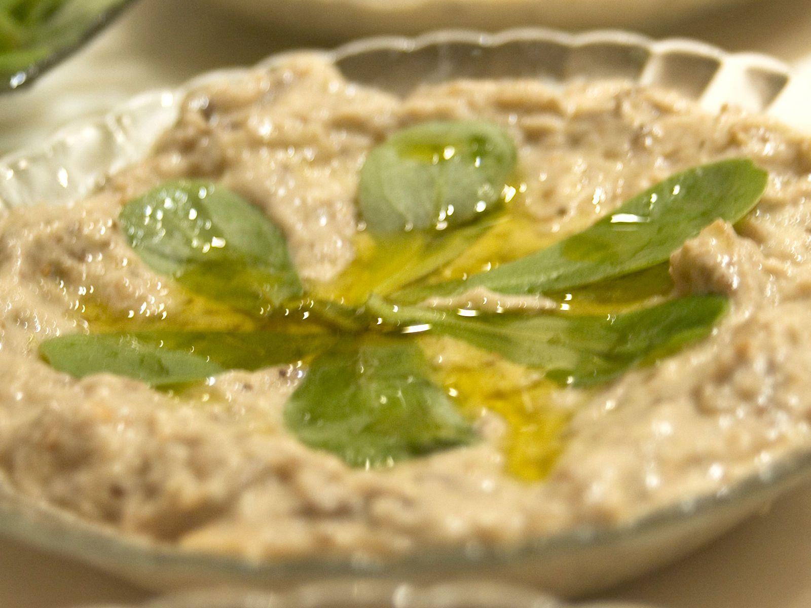 Découvrez la recette Hoummous libanais sur cuisineactuelle.fr.