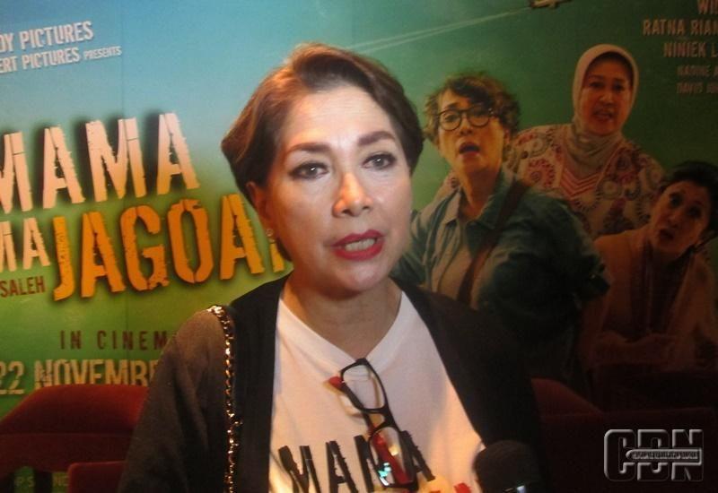 Widyawati Tampil Beda Dalam Film Mama Mama Jagoan Film Dan Artis