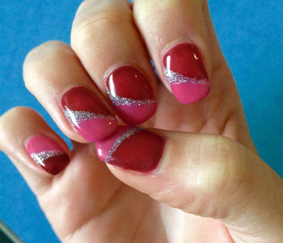 Ongles du mois de Janvier 2016. French trois couleurs rouge argent rose  Réalisée par Marie