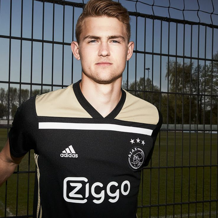 0f1abe744a4 Ajax 18-19 Away Kit Released - Footy Headlines