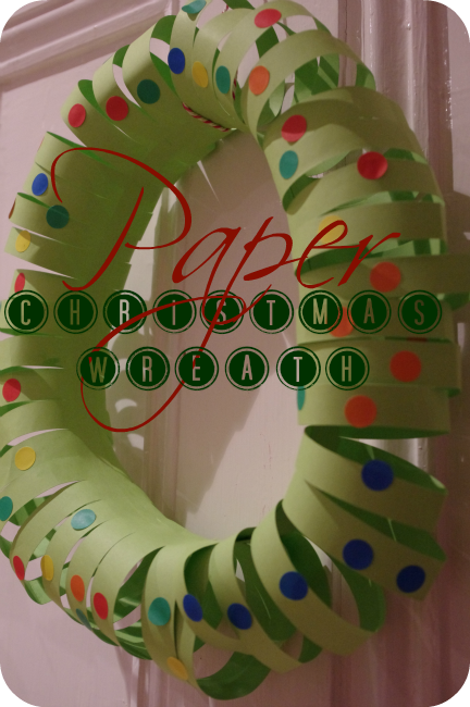 how to make a paper Christmas wreath | Crafty | Christmas ...