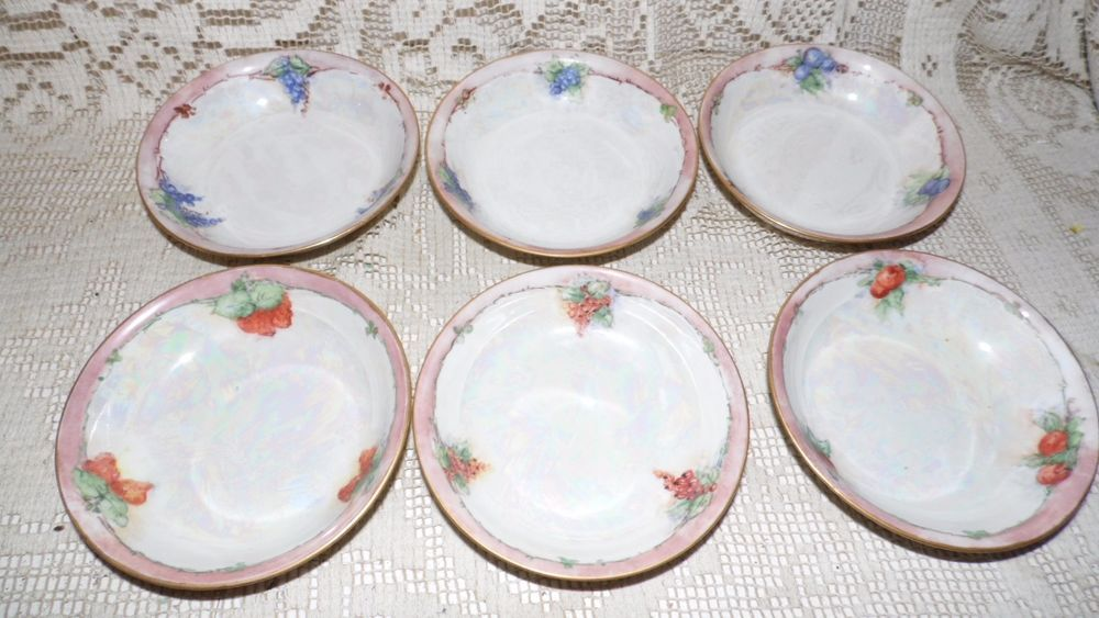 VINTAGE BERRY BOWLS FRUIT DESIGN LUSTERWARE SIGNED ROBERTSON SET OF 6 #ROBERTSON