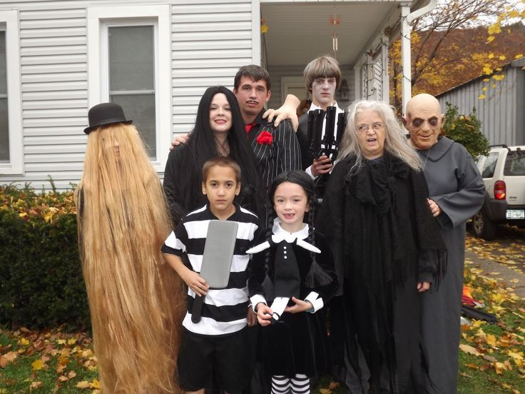 Need funny group costume ideas? Here are 18 of the funniest pop culture-inspired Halloween costumes for couples and groups.  sc 1 st  Pinterest & disfraces halloween familia y grupos www.decharcoencharco.com ...