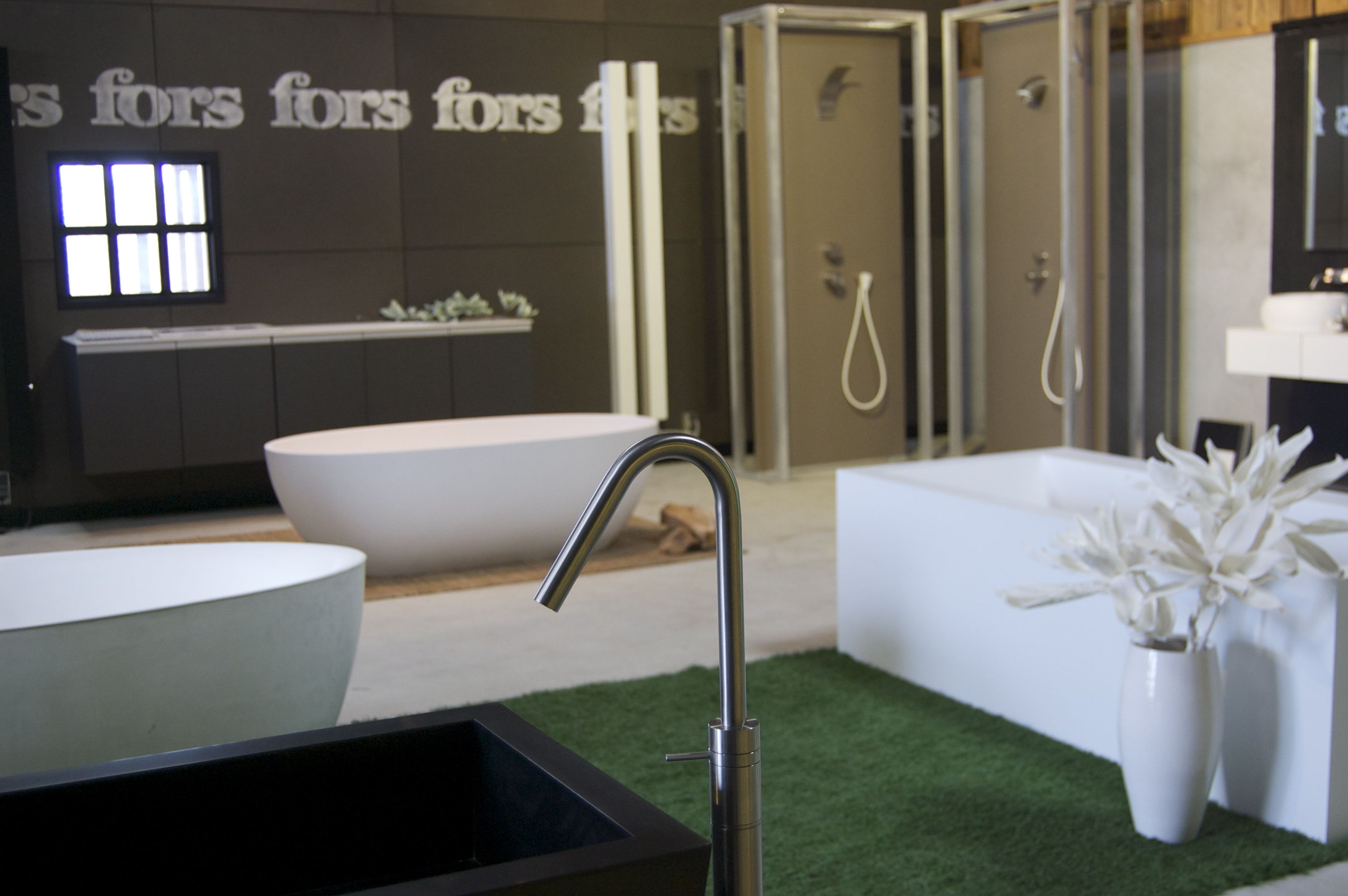 Design Badkamer Showroom : Showroom fors design breda fors design badkamers