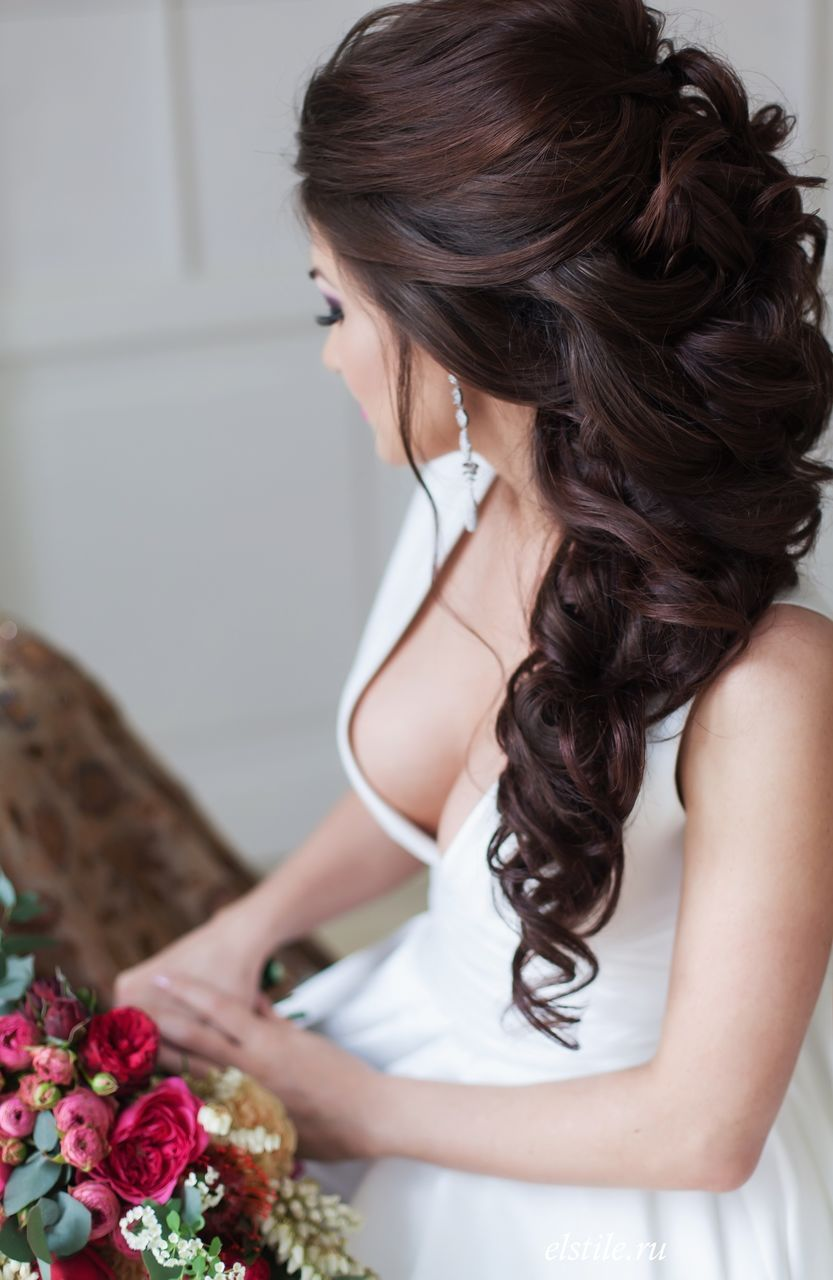 perfect long wedding hairstyles with glam curly wedding
