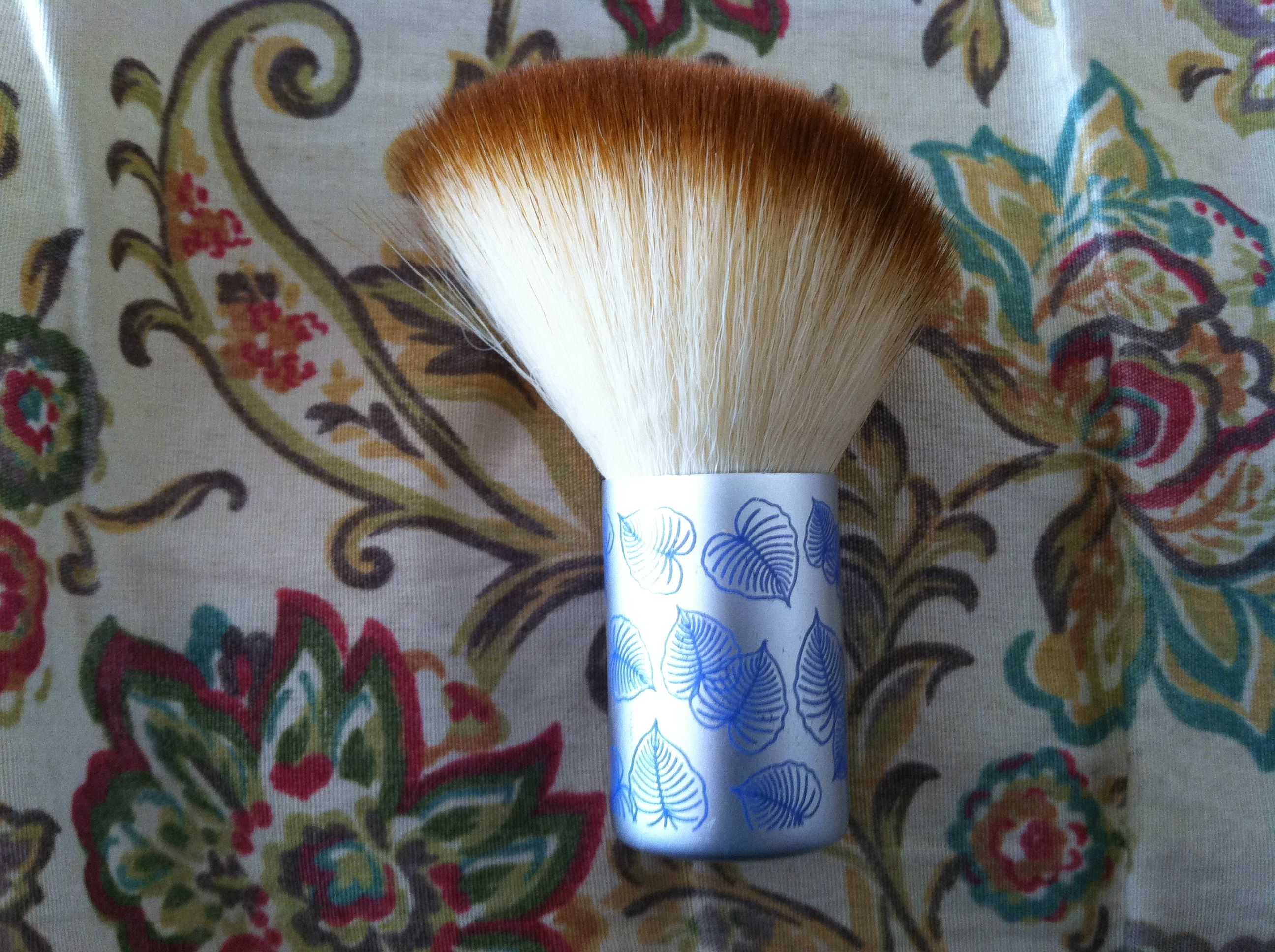 Eco Tools Limited Edition Angled Kabuki brush (new and