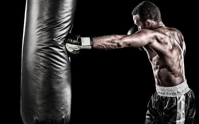 Looking For Mma Gear In Los Angeles If Yes Then Read This Post And Get To Know How Can You Get The Best Deals For Your Mma Gear Needs Mma Gear