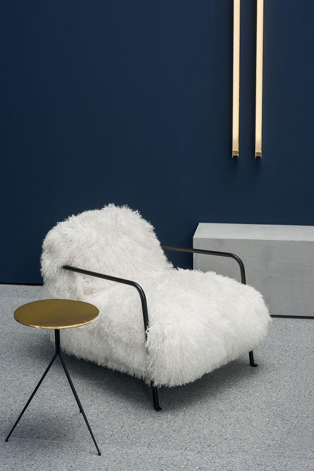 Armchair BRUXELLES design Paola Navone. White mongolia
