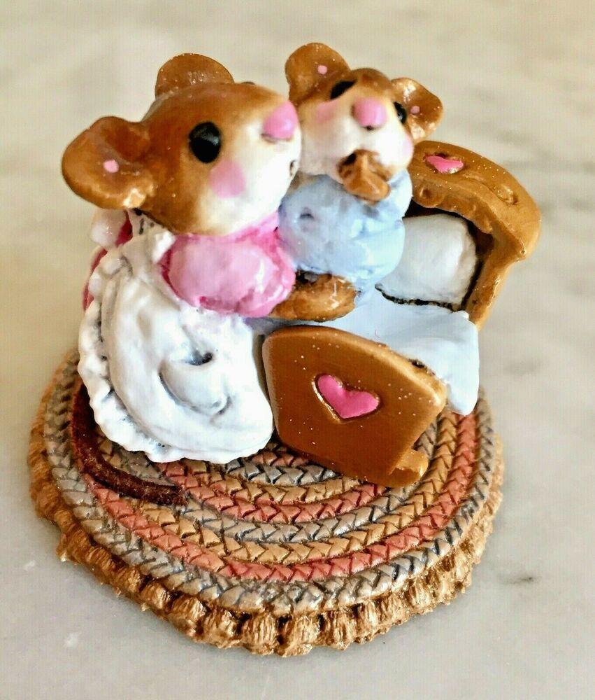 Beddy-Bye Mousey Wee Forest Folk Miniature Figurine M-69