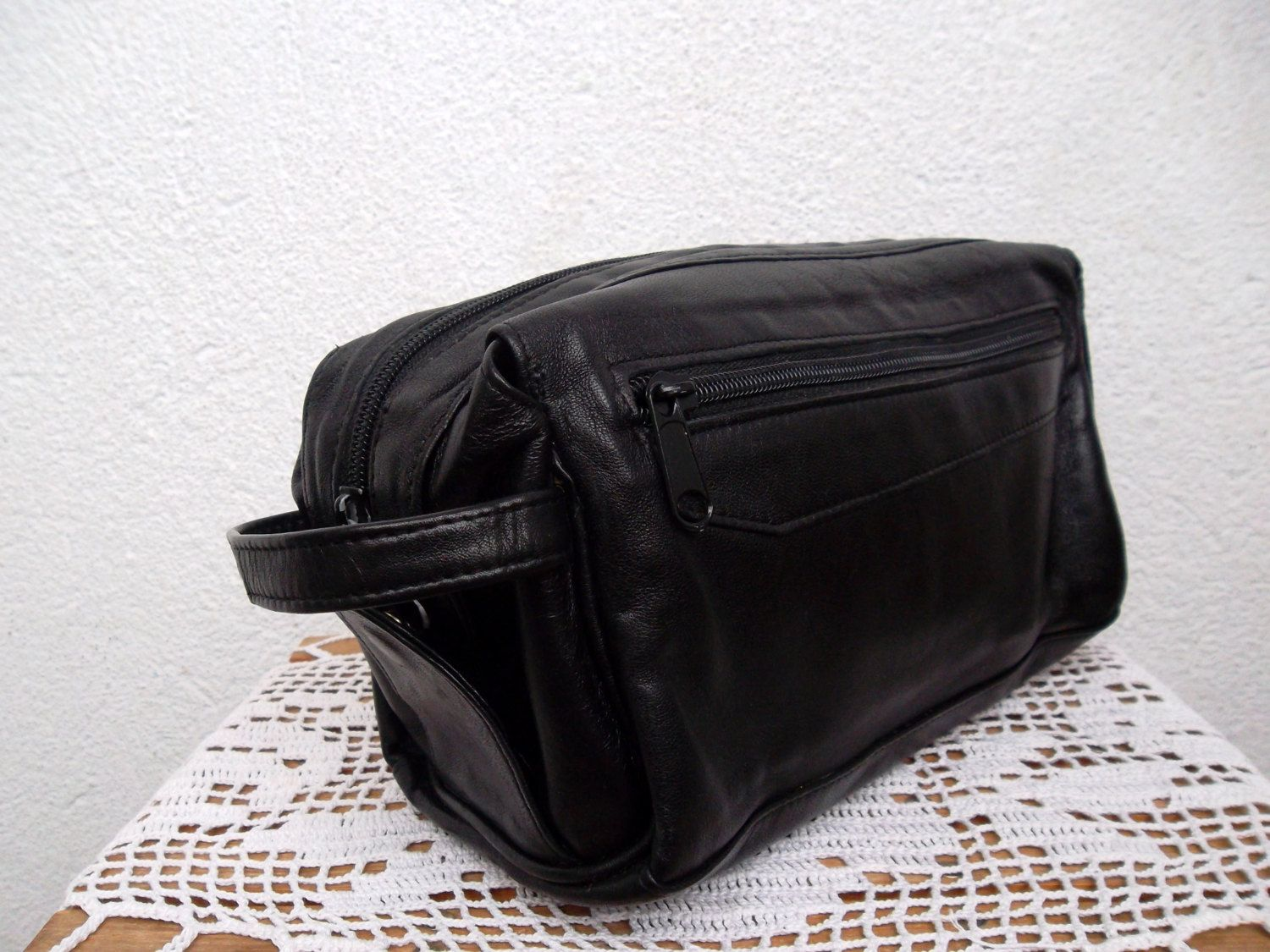 Mens Toiletry Bag  Genuine Leather Dopp Kit  Unisex Cosmetic Pouch  Travel  Organizer. Mens Toiletry Bag  Genuine Leather Dopp Kit  Unisex Cosmetic Pouch