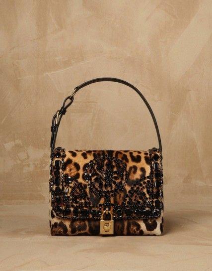 2652bd665ce7 Los 10 shoulder bag más bonitos de la historia  fotos de los modelos ...