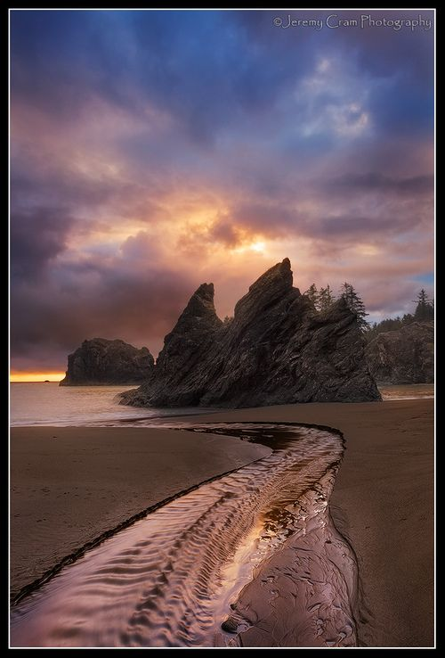 outdoorsanctuaries:    Enchantment Beach… (by Jeremy B Cram)