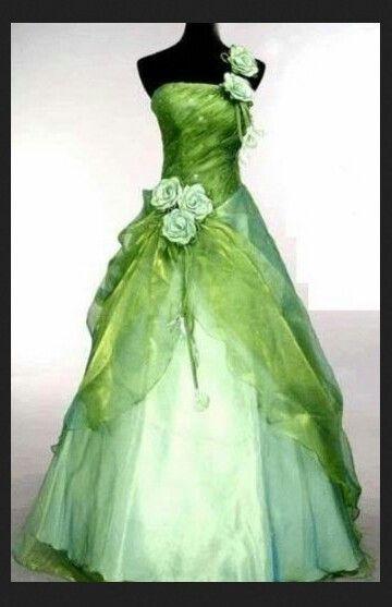 8f4d2832e Un vestido hecho magia.. Así se casaban las princesas de ensueños.