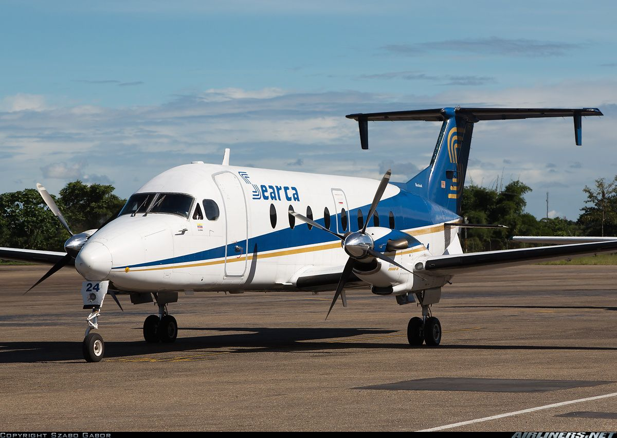 Beech 1900D aircraft picture Aircraft pictures, Aircraft