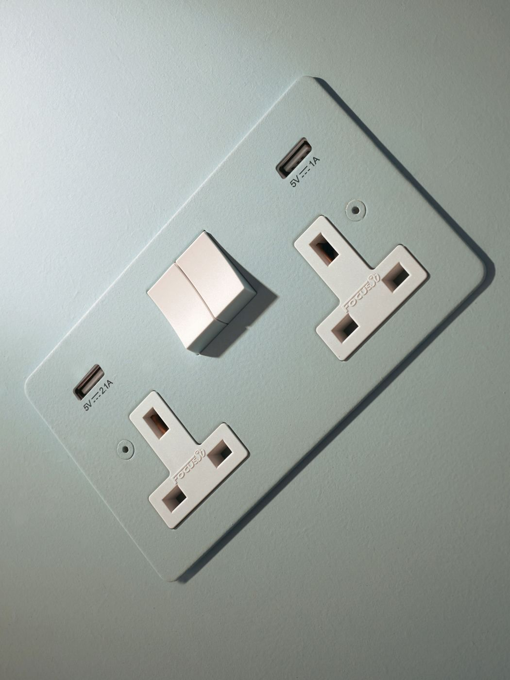 Designer Electrical Wiring Accessories From Focus Sb Light Switches And Sockets Electricity Design