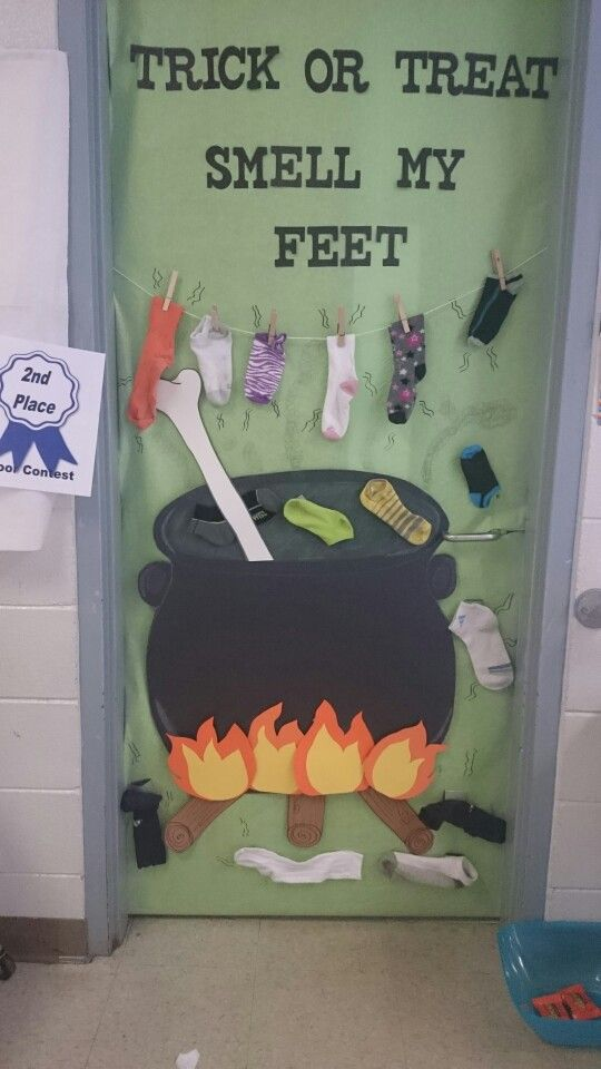 Halloween classroom door decorating contest.