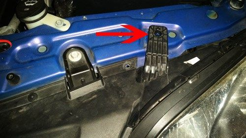 2008 2010 Saturn Vue 2012 2014 Chevy Captiva Headlight Bulb Replacement Headlight Bulb Replacement 2014 Chevy Captiva 2014 Chevy
