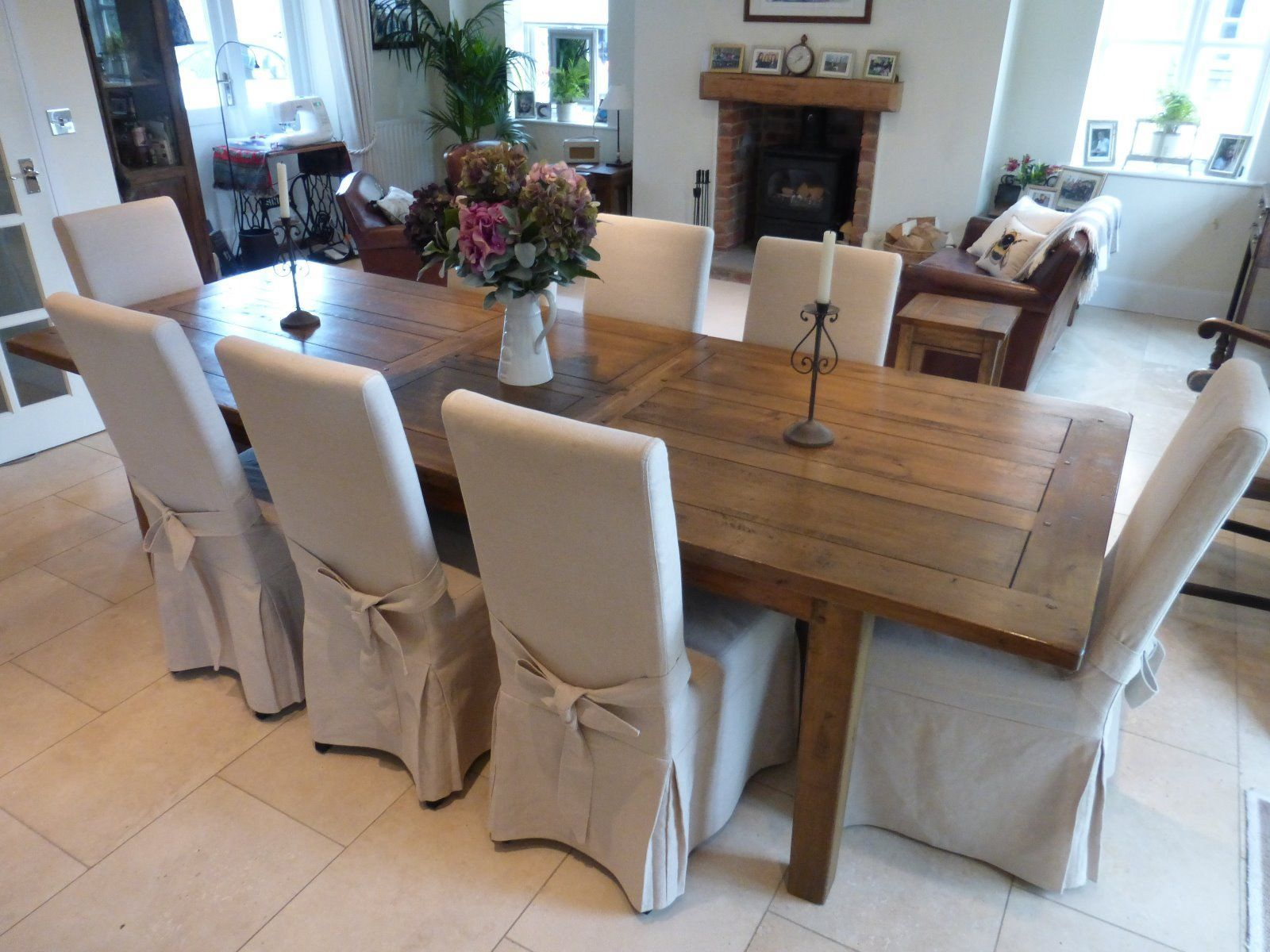 Barker And Stonehouse Oak Dining Table And 8 Chairs