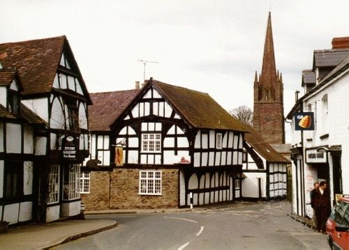 ~ Weobley Church and Red Lion Pub ~ Weobley ~ Herefordshire ~ England ~ not a fan of Tudor style but the British did it well ~ - Plz Repin, Follow or Like!