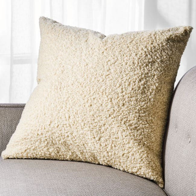 Elton Boucle Pillow With Down Alternative Insert 23 Quot In