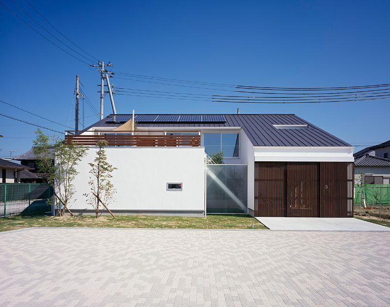 画像 片流れ屋根の外観 画像まとめ 建築家 おしゃれ 勾配 軒高 太陽