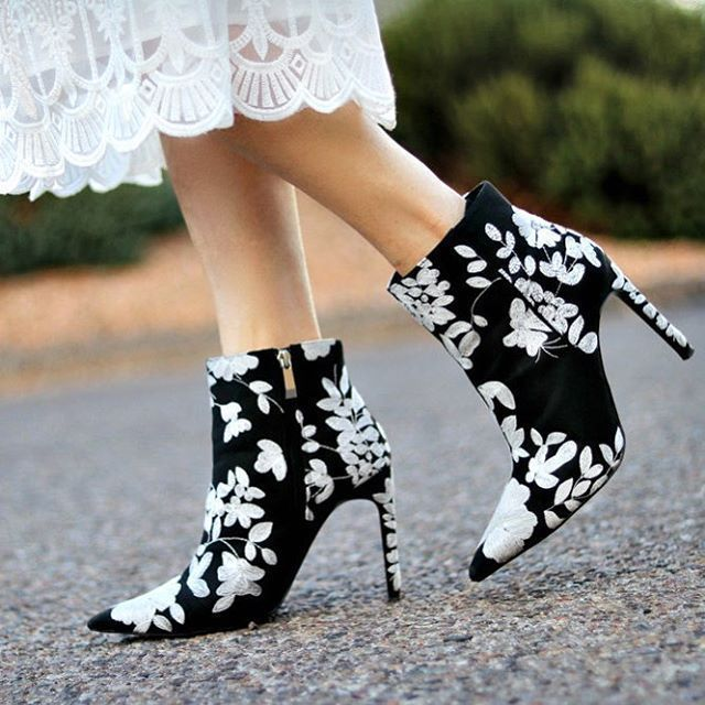 ac033f3d4ca ZARA NEW WOMAN BLACK WHITE FLORAL EMBROIDERED HIGH HEEL ANKLE BOOTS  7100 201  ZARA  AnkleBoots