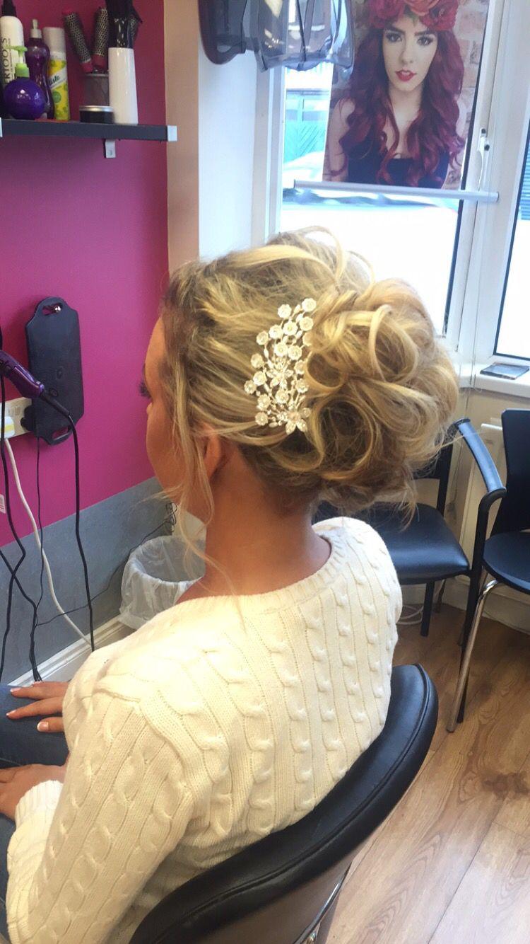 hair upstyle #wedding #guest #blonde #up #updo #soft