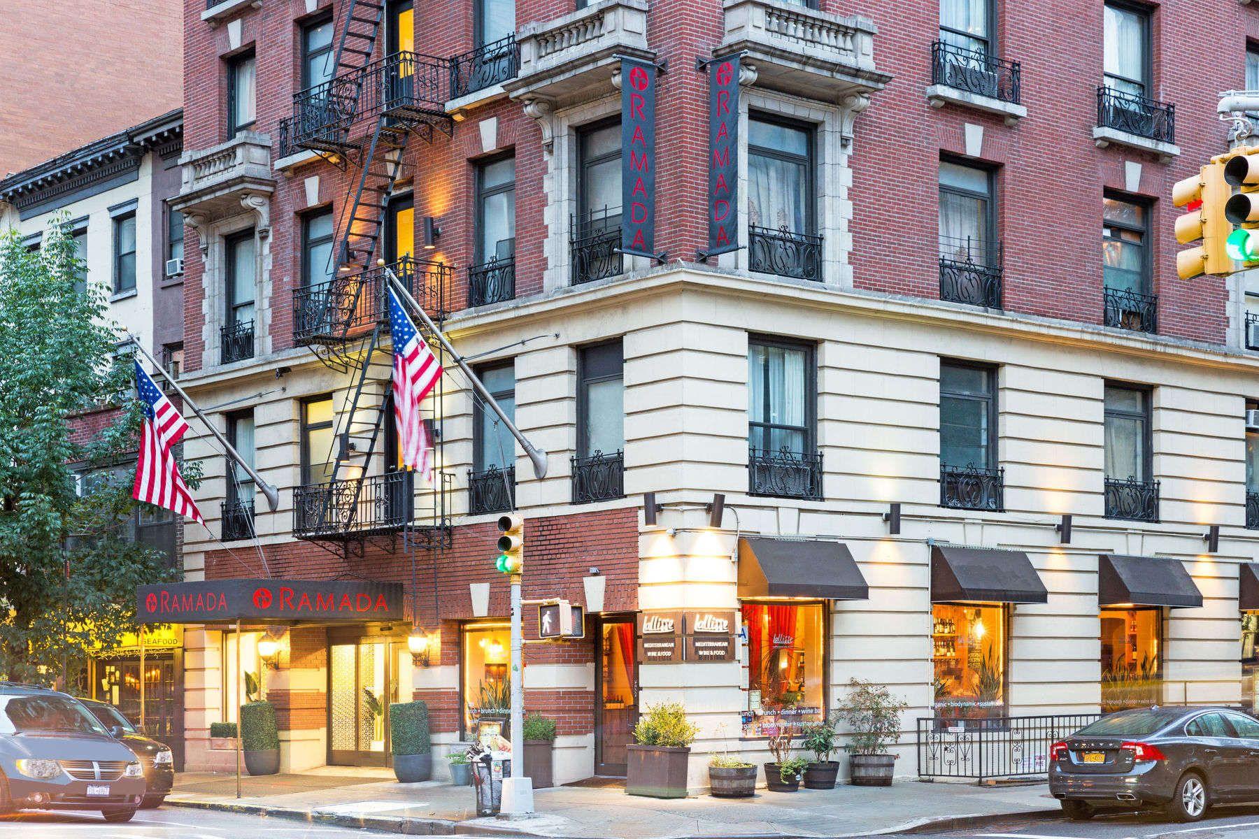 Manhattan hotel within walking distance of Empire State