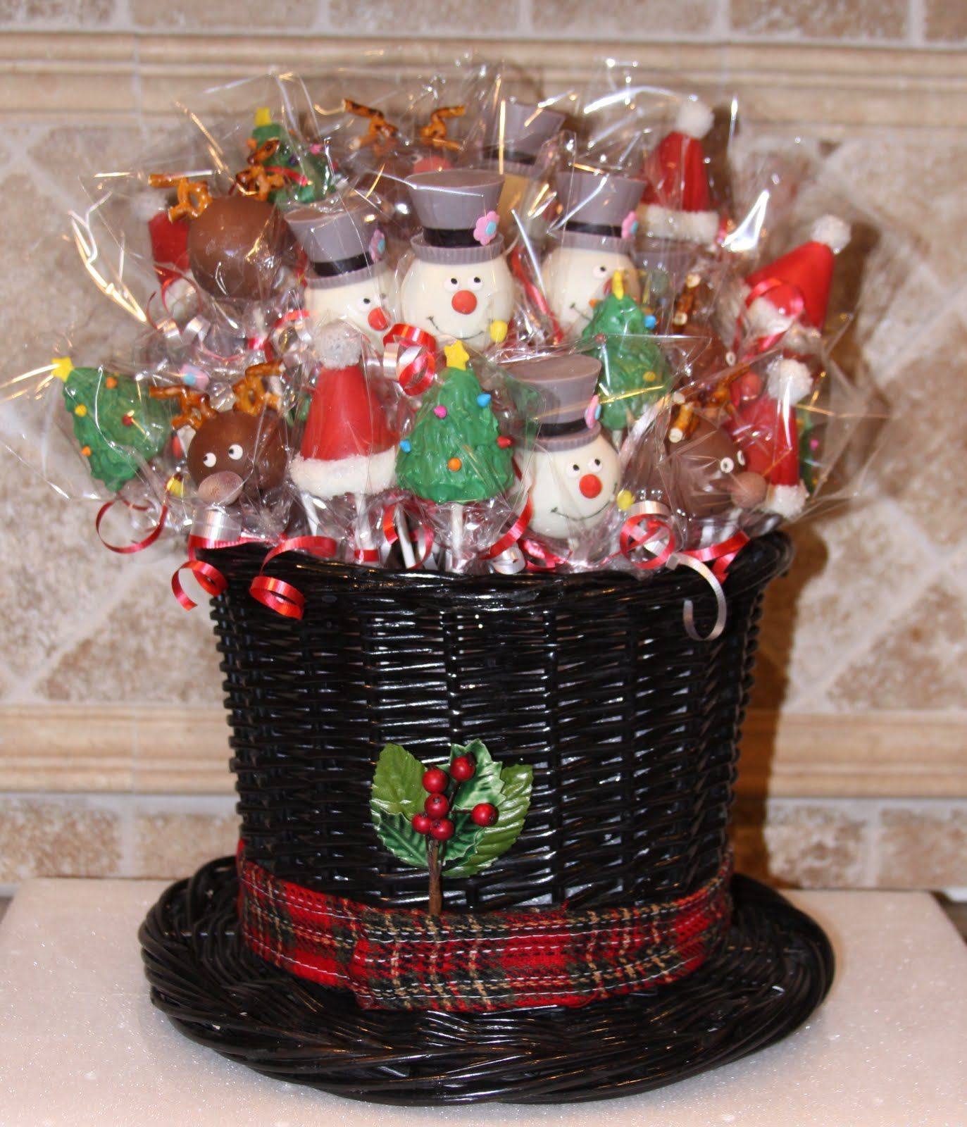 Christmas Cake Pop Arrangements