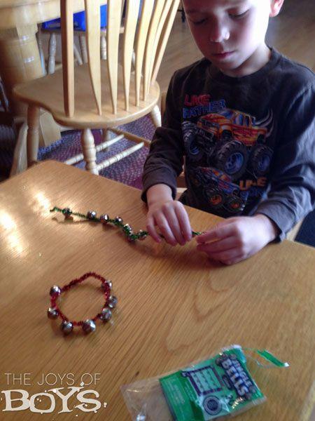 Easy Jingle Bells Craft   Jingle bell crafts, Crafts ...