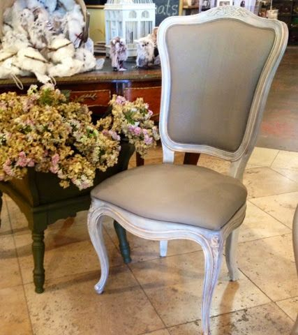 This Great Vintage Henredon Chair Was Painted With A Custom Pure White U0026  Old Ochre Base