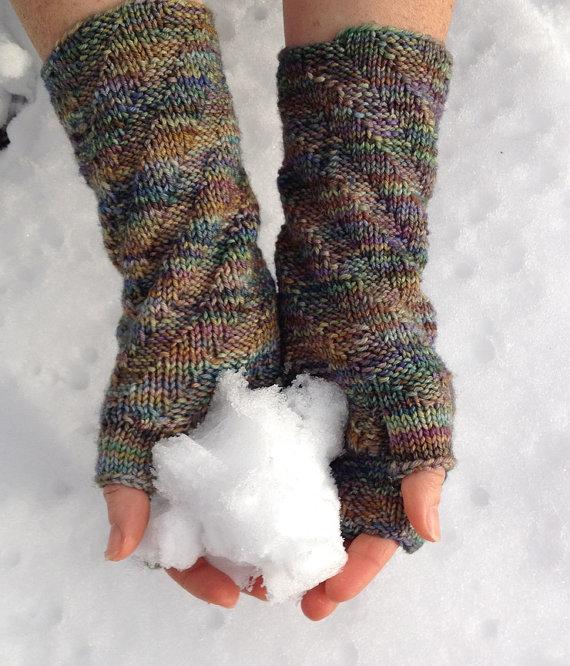 Remolino Spiral Fingerless Gloves Knitting by ...