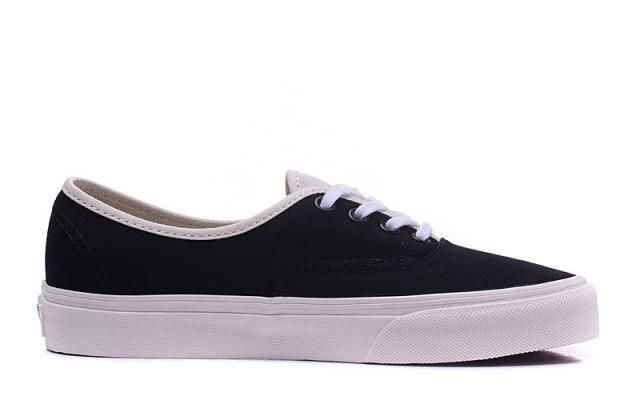 61fee272d5 Vans Canvas Authentic LITE Classic Black True White Womens Shoes  Vans