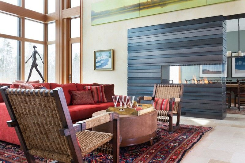 Wandfarben-Ideen-Sand-Wohnzimmer-Wohnideen-Kamin-graue-Holzpaneele - Wohnzimmer Design Wandfarbe Grau