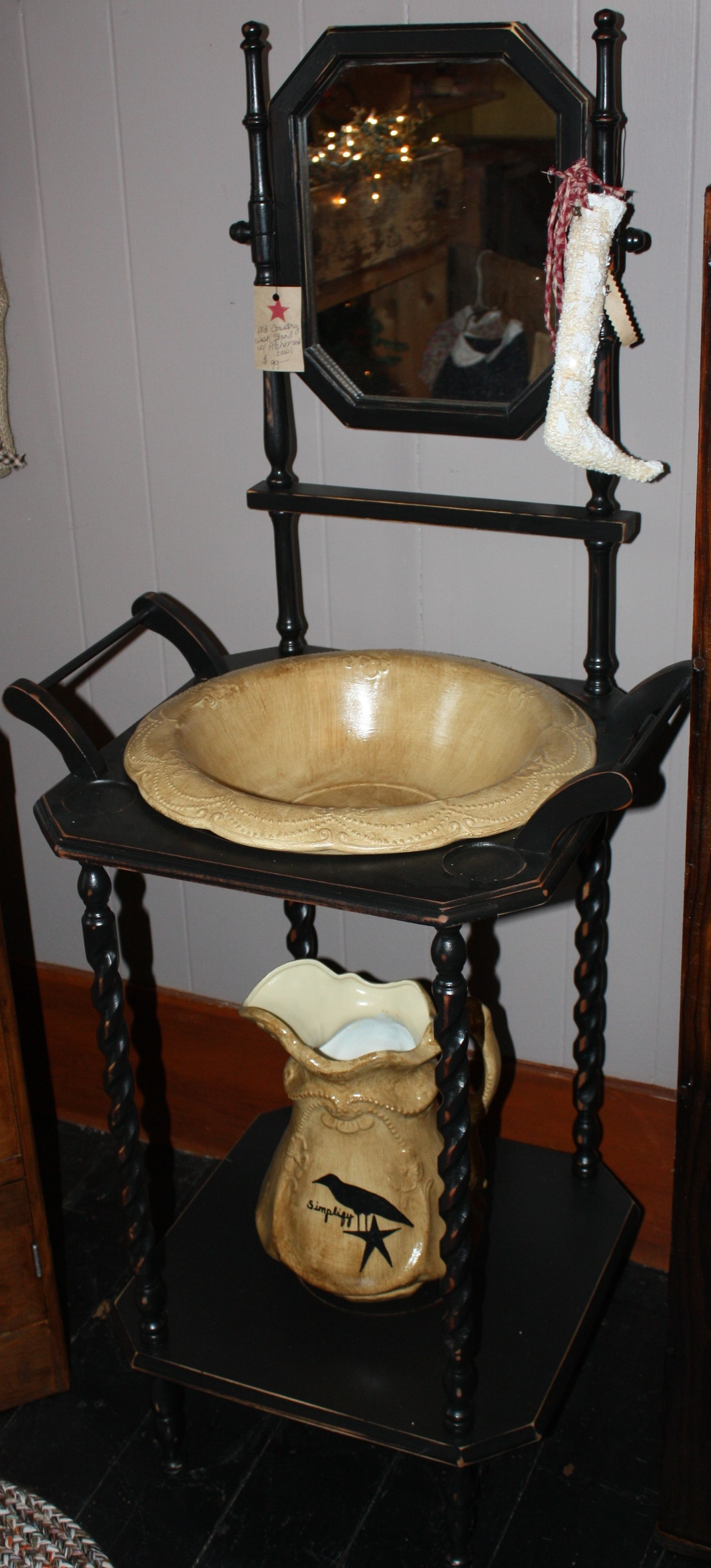 Antique wash basin Black and yellow For sale at THREE SPARE ROOMS