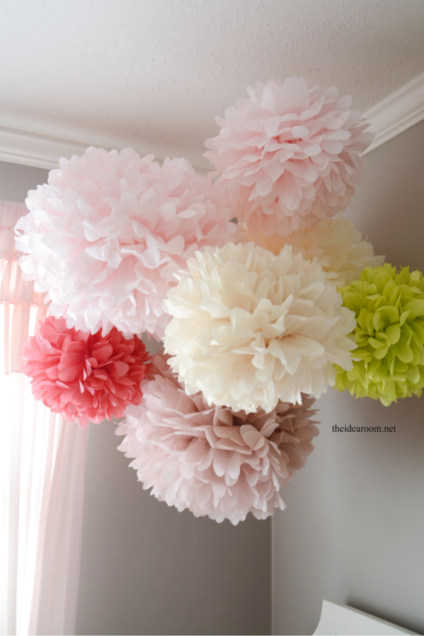 Tissue Paper Pom Poms Tutorial Hanging Decorationsdiy