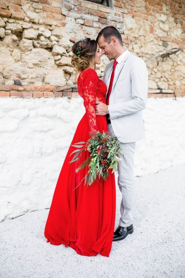 Red Wedding Dress: Could This Be You? Do You Have The Courage To Jilt The White  Dress Tradition For A Bright Red Number? Whether Or Not This Choice Is For  ...