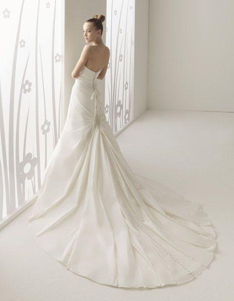 yute | vestidos de novia innovias outlet y a precios de fábrica en